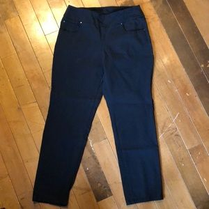 Women's pull on dress pants
